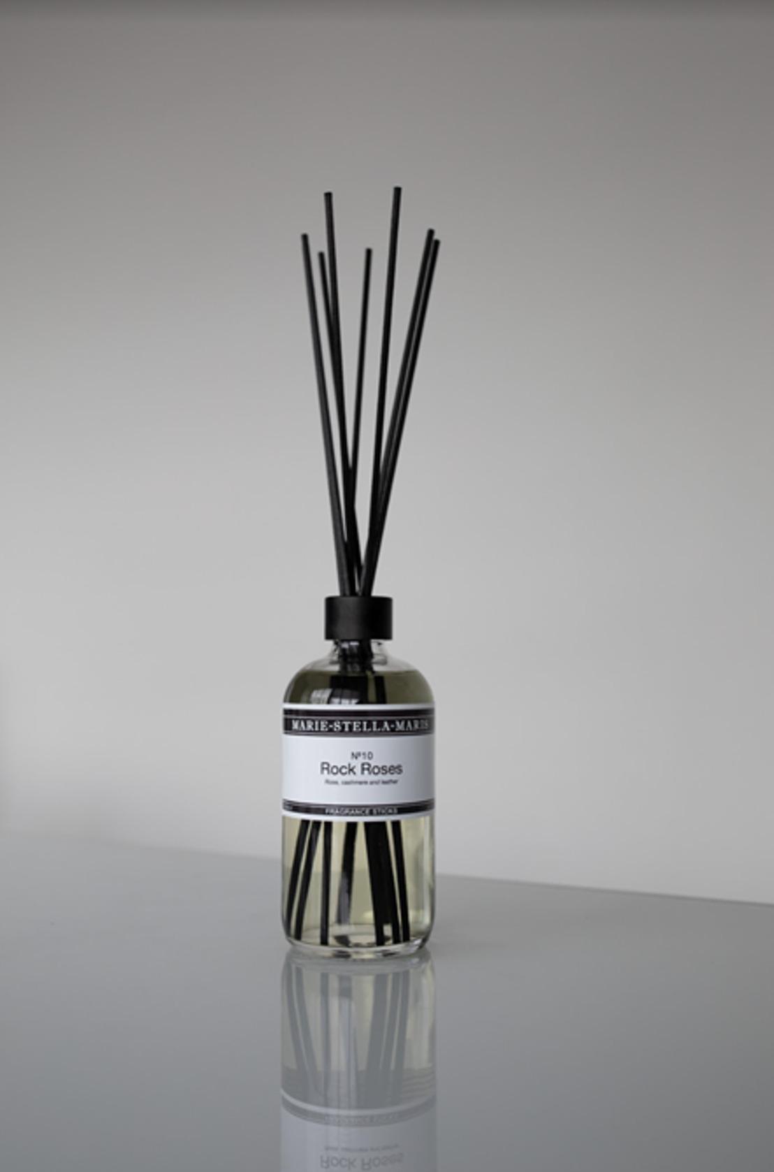 Marie-Stella-Maris présente sa nouvelle fragrance, baptisée No. 10 Rock Roses