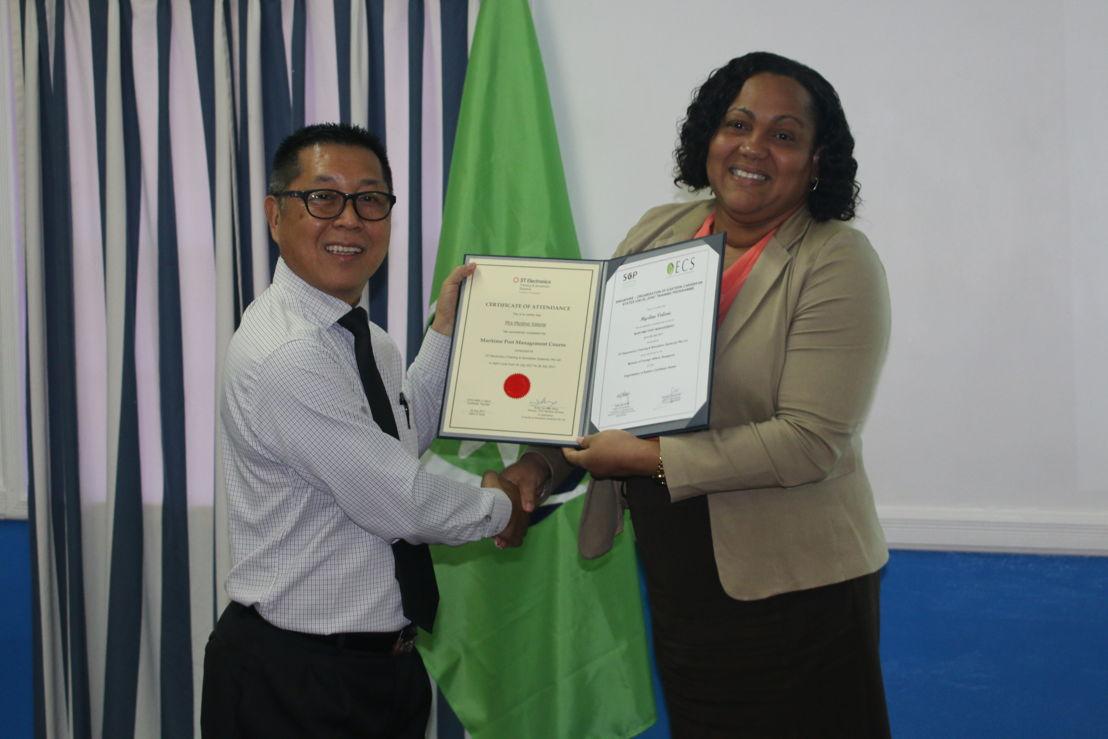 Presentation of participation certificates.