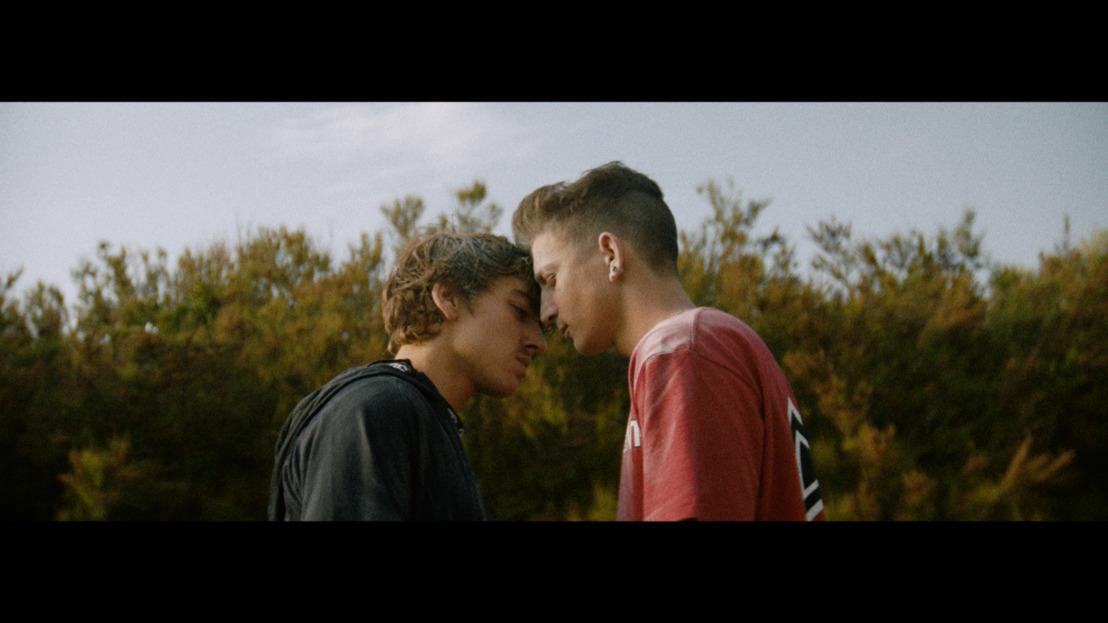 Love wins dans le nouveau clip de The Magician