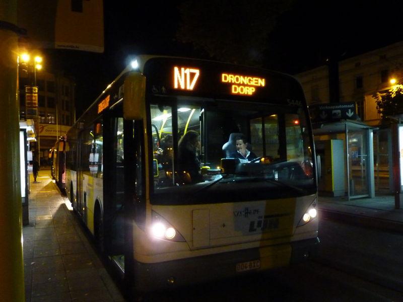 Overstap aan Gent Zuid voor de Gentse nachtlijn N17<br/>Foto: De Lijn