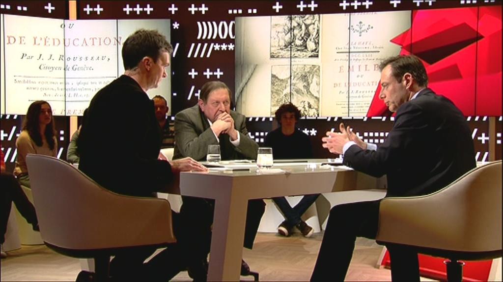 Lieven Van Gils, Etienne Vermeersch en Bart De Wever in Reyers laat op 6 februari 2013 - (c) VRT