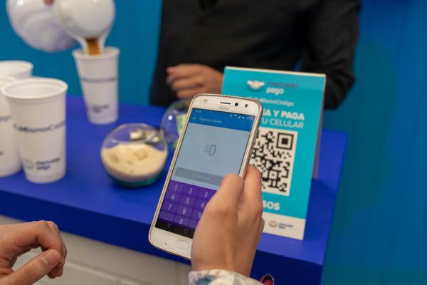 Preview: Café a un peso en 7-Eleven y otros descuentos apetitosos en Burger King, McDonald's y Domino's para pagar con código QR y evitar el efectivo