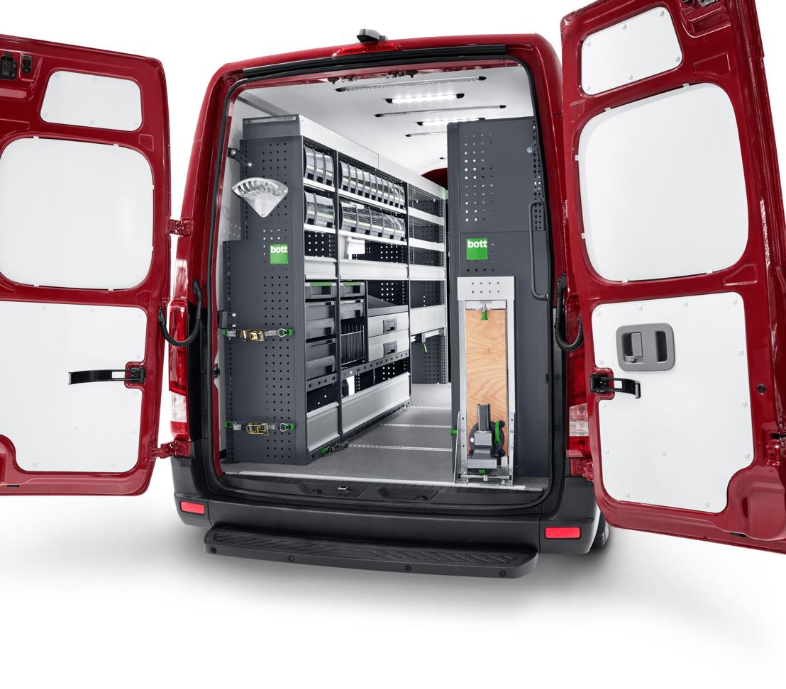 Première: All-New Hyundai H350 exposé avec un aménagement bott vario au Salon suisse du véhicule utilitaire
