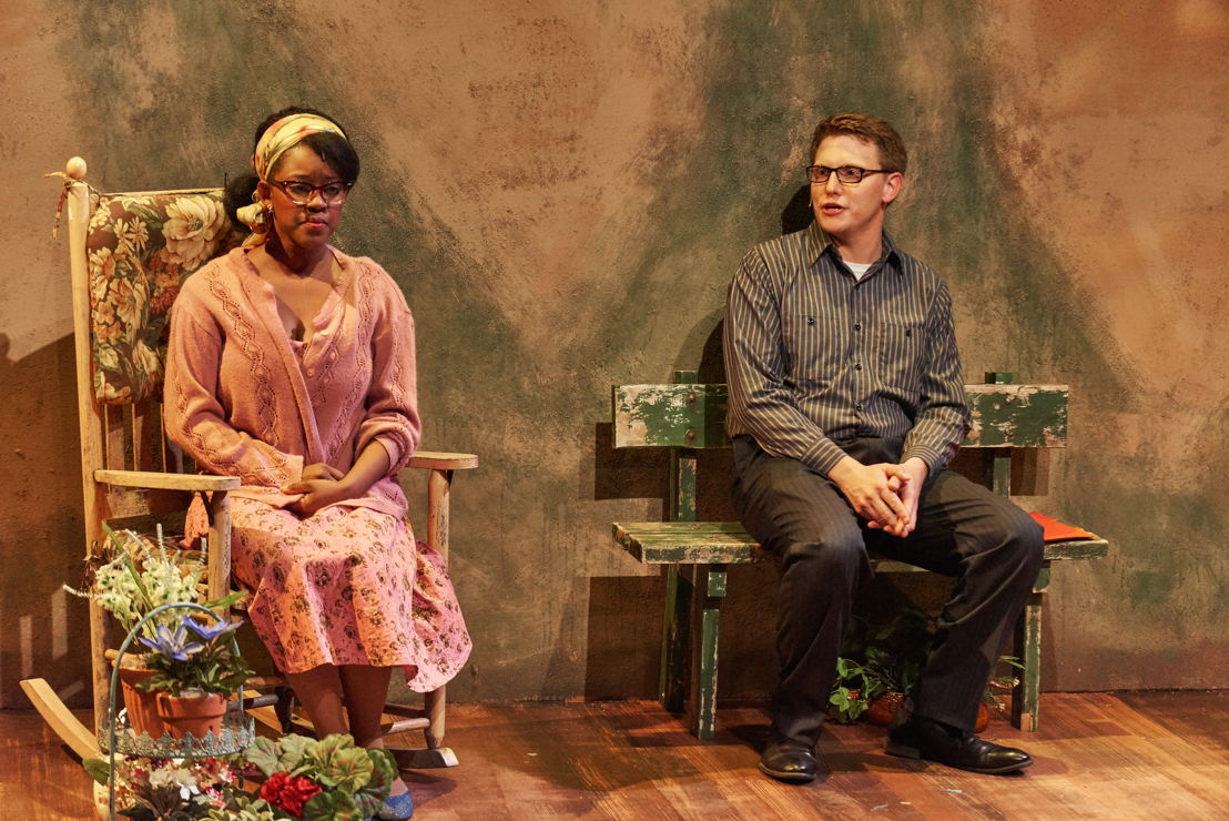 Jenny Hill (Naima Russell) and Will Bloom (Ben Thorpe)