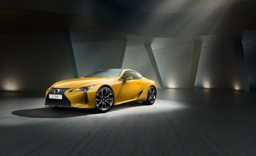 Preview: LEXUS INTRODUCES DAZZLING NEW LC YELLOW EDITION COUPE