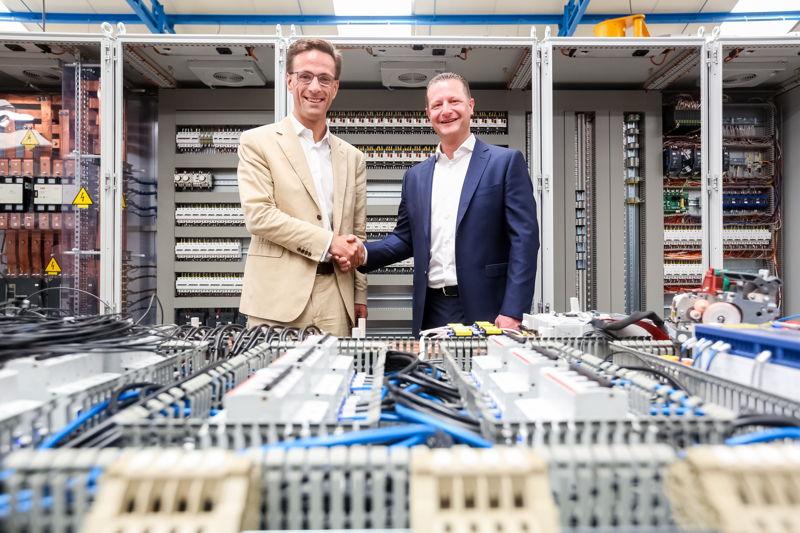 Grégoire Dallemagne, CEO van EDF Luminus en Christophe Leclercq, directeur van de groep NEWELEC