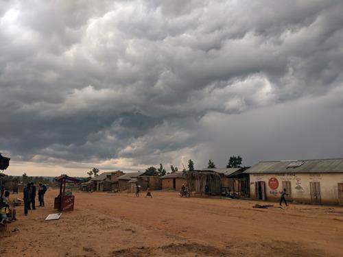 Ebola : En RD Congo, l'épidémie se propage entre méfiance et insécurité.