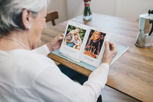 Le journal qui remet les grands-parents au coeur de la famille