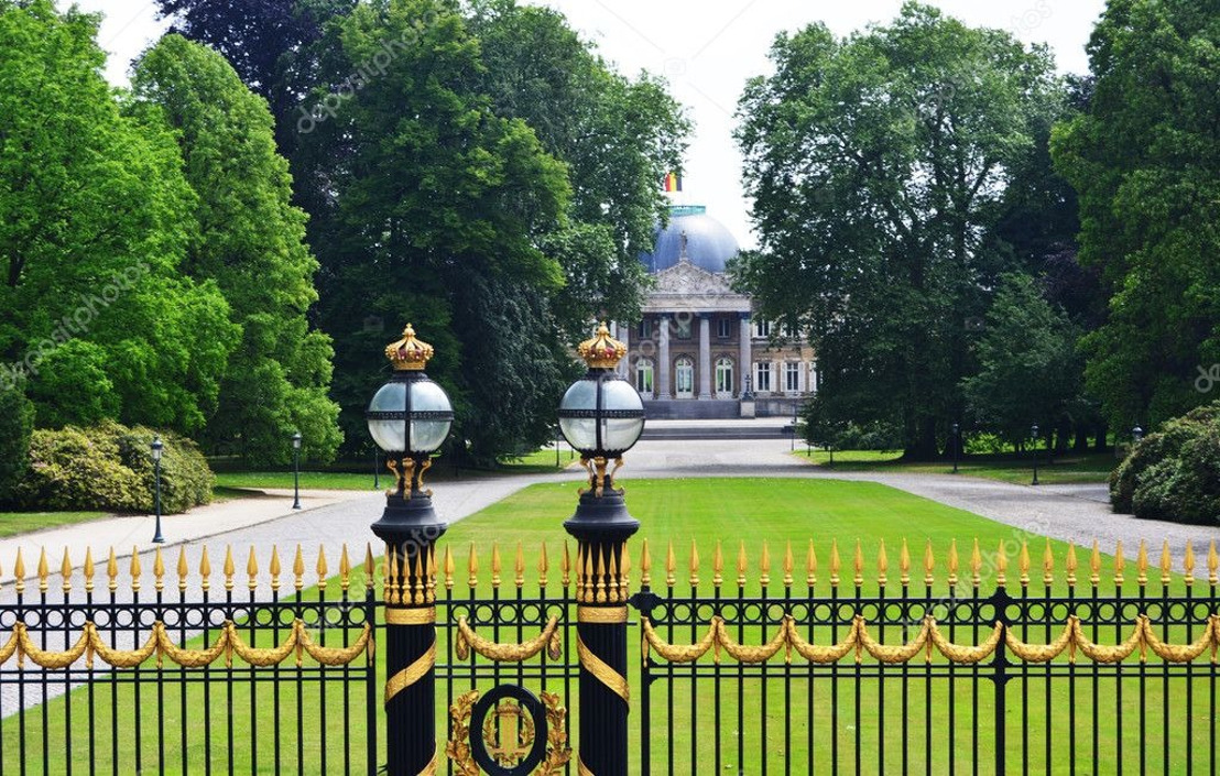 Brussels Parliament calls for the opening of the Royal domain Laeken in resolution