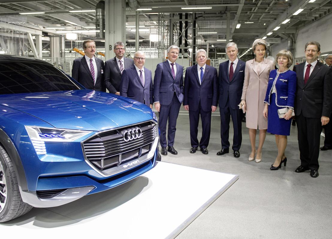 Le Président fédéral Joachim Gauck et le couple royal en visite à l'usine Audi de Bruxelles