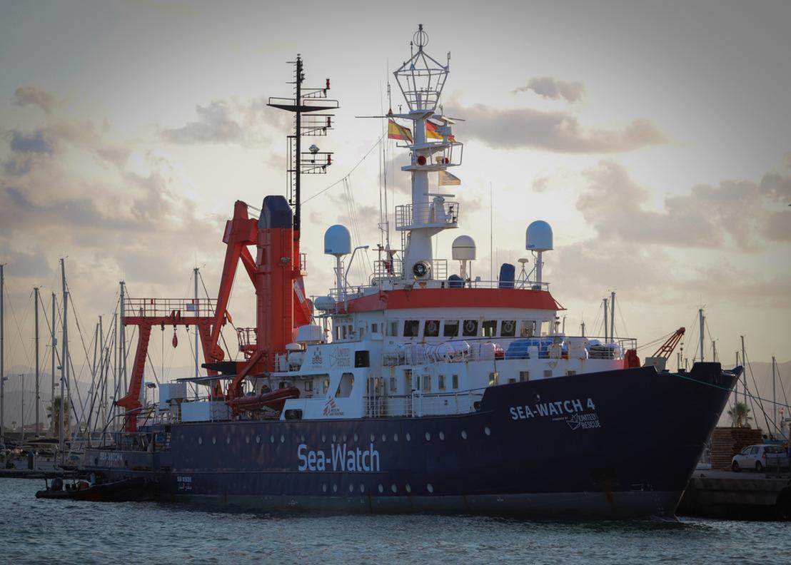 MSF teme que el Sea Watch 4 podría quedar bloqueado tras verse obligado a entrar en el puerto de Palermo