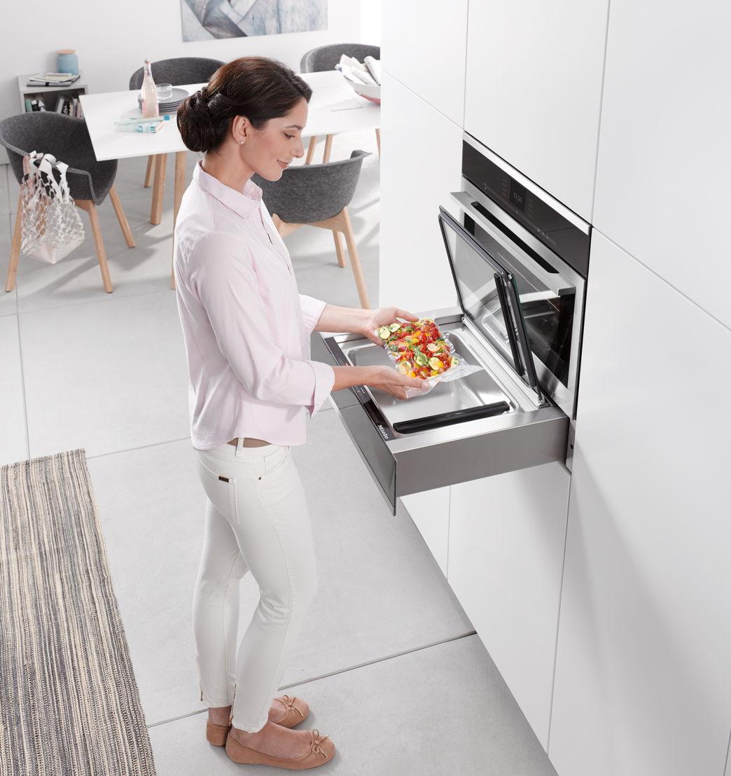 Miele vacuum-sealing drawer