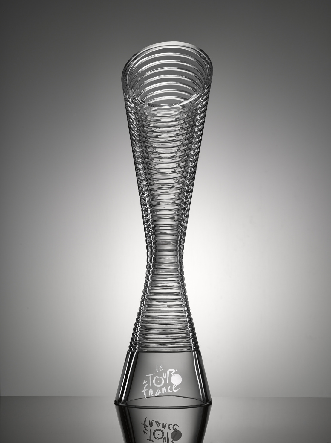 SKODA Designs Glass Trophies For The Winners Of Tour De France