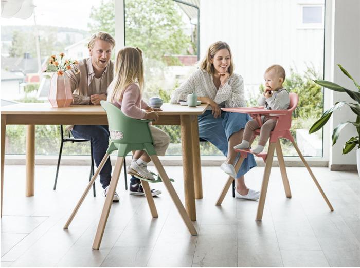 Stokke® introduceert Clikk™, de alles-in-één hoge stoel