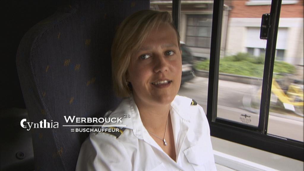 De werkende mens - Aflevering 2 : Vrouwen op de rand van ... - Buschauffeur Cynthia Werbrouck - (c) VRT