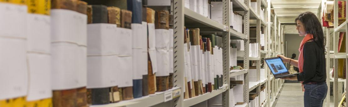 Boeken Zusters van Liefde in het erfgoeddepot © Provincie Oost-Vlaanderen