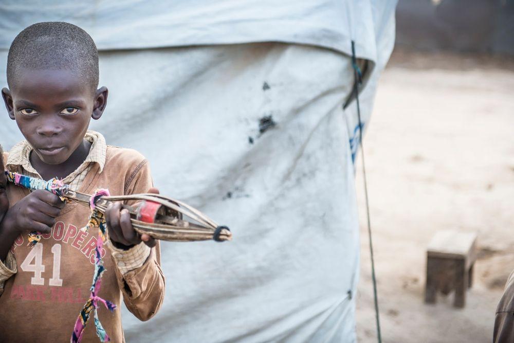Kids in Mpoko IDP camp at Bangui International Airport. Photographer: Yann Libessart/MSF