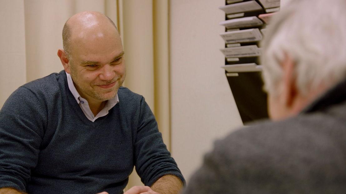 Prof. Nijs