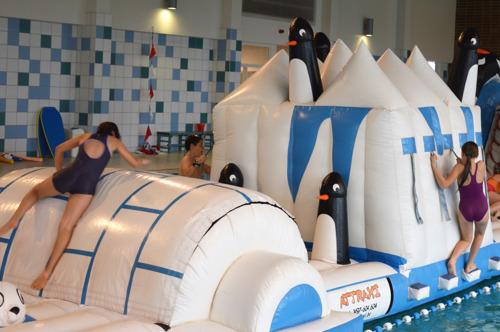 Stad Leuven verwende zo'n 900 bezoekers van zwembad Kessel-Lo tijdens Zwembaddagen
