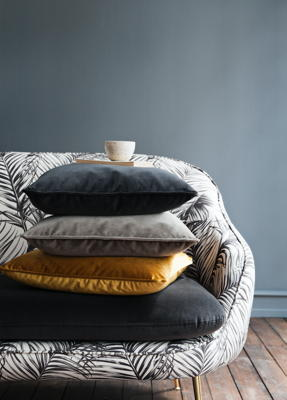 Fenja_-close-up_-pillows.png