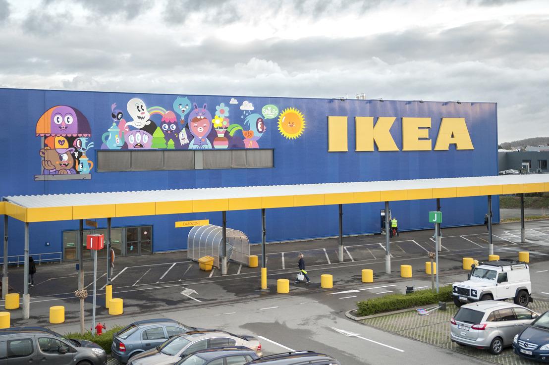 IKEA invite un street artist à utiliser son bâtiment pour une fresque