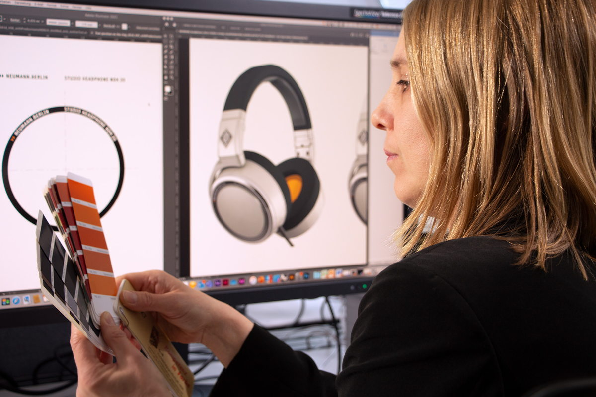 """""""Absolutely every element of the headphones has its reason because it aids their quality. We have transferred this aim into the design"""", says product designer Anke Scherer."""