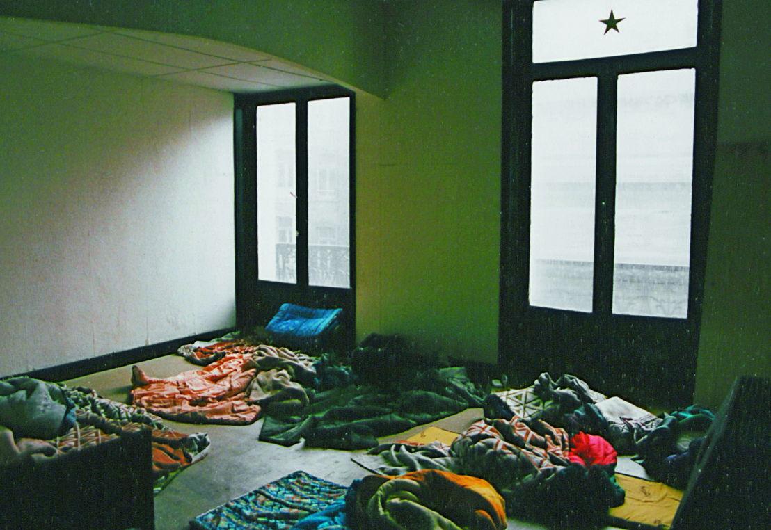 De bezetting van Hôtel Central, 1996. Foto Beursschouwburg