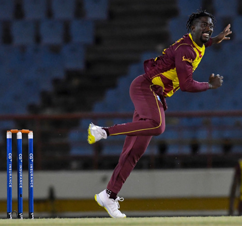 Hayden Walsh Jr replaces Roston Chase for CG Insurance ODIs