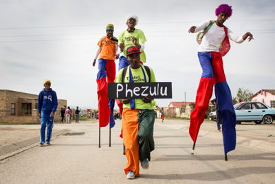 The-Transformations-TransActions-6th-Annual-Street-Parade-National-Arts-Festival-2015---credit-CuePix-Ruan-Scheepers-small