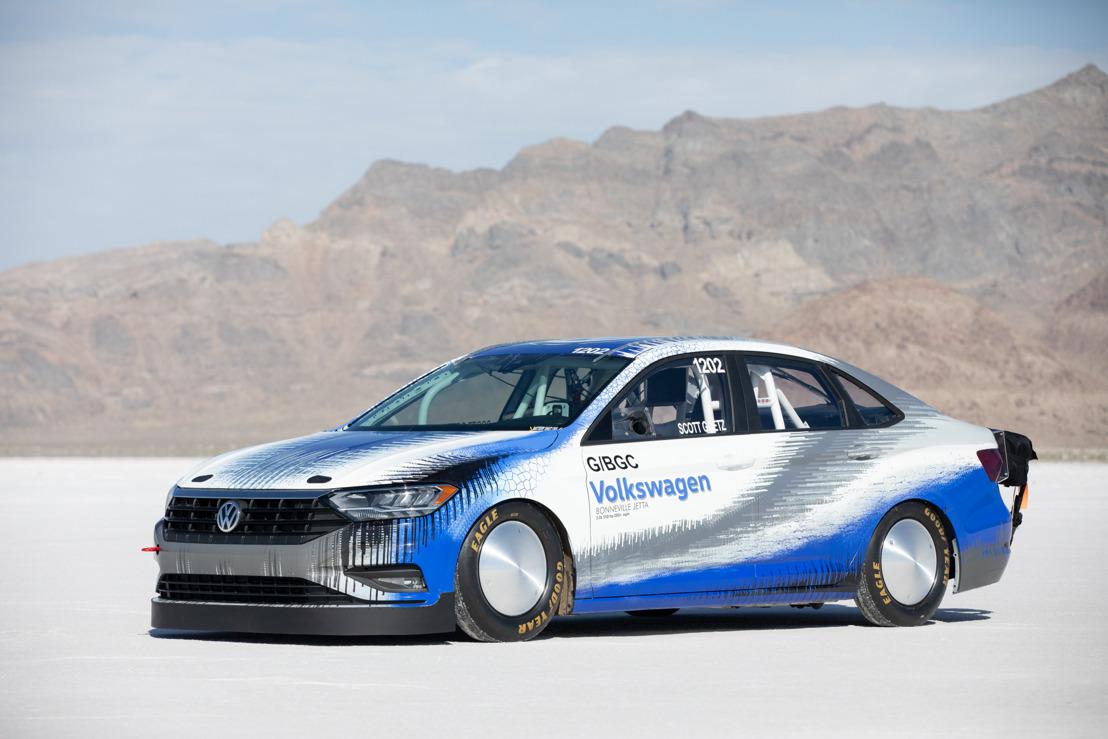 Volkswagen Jetta Bonneville rompe récord a más de 300 km/h