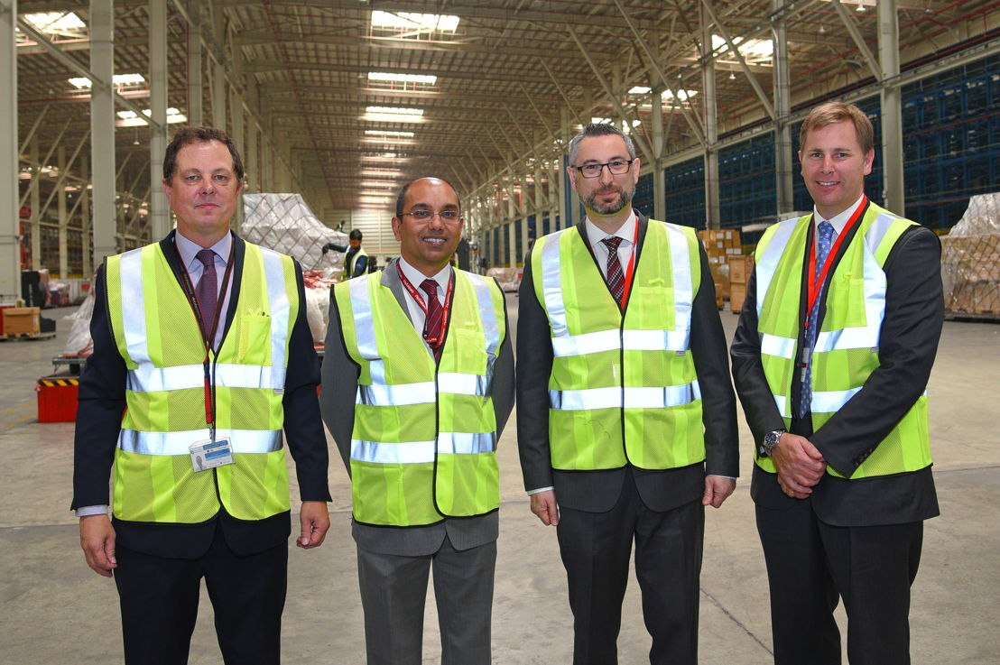 Australian Delegation visits Emirates SkyCargo's Cool Chain Facilities.