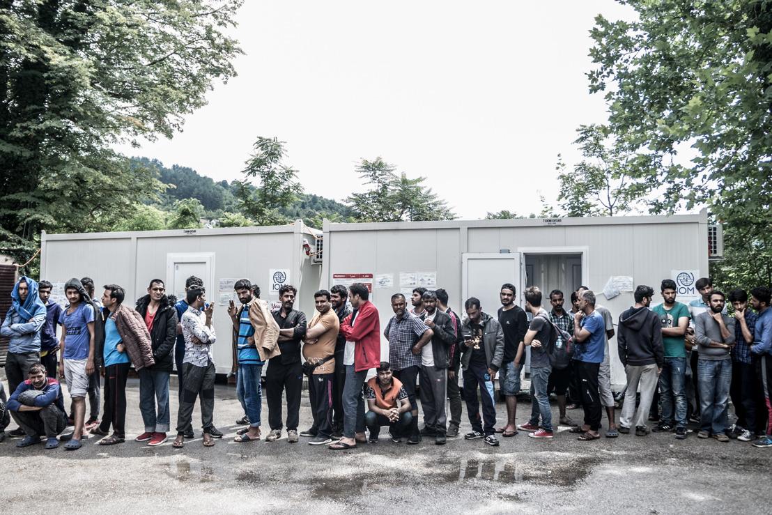 Unzumutbare humanitäre Situation an der neuen Grenze der Balkanroute
