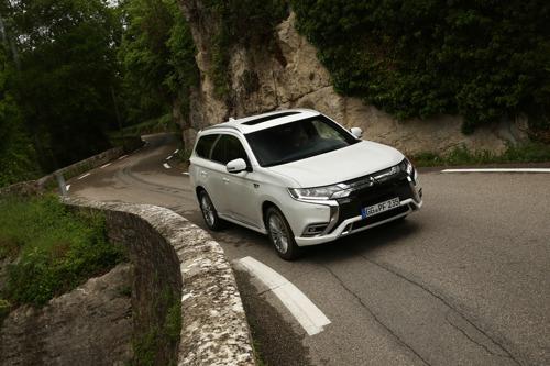 Outlander PHEV: le véhicule de Mitsubishi Motors le plus vendu en Europe