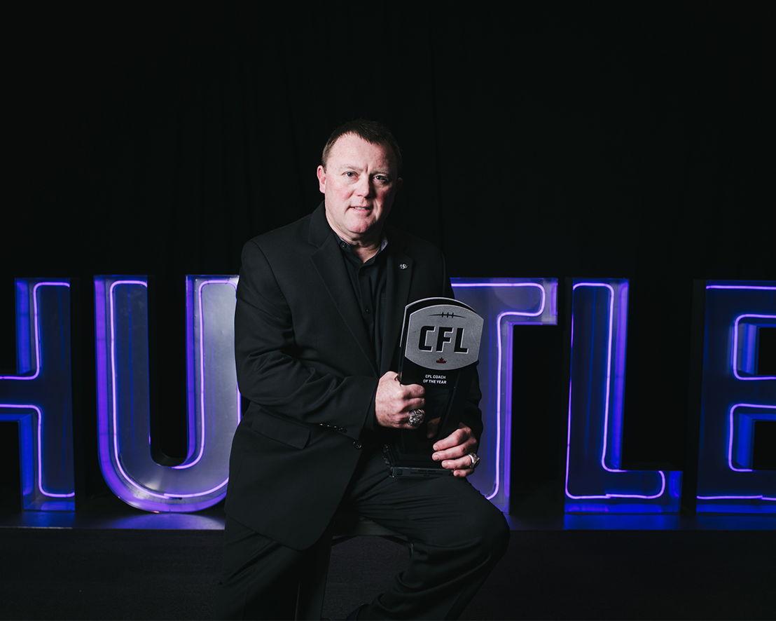 Coach of the Year Chris Jones at the 2018 Shaw CFL Awards. Photo credit: Johany Jutras/CFL.ca