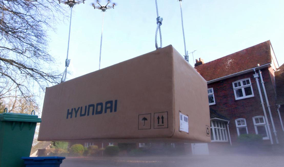Hyundai lancia Click to Fly – il primo servizio al mondo di consegna auto con droni
