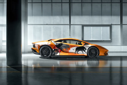 New production record: Automobili Lamborghini celebrates the 10,000th Aventador