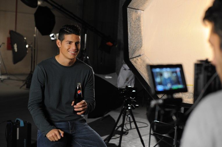 James Rodriguez - Pepsi MAX Blue Card Campaign 2016