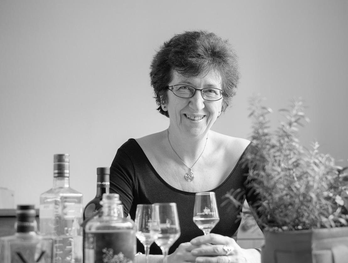 Schauen sie doch auf ein Glas vorbei: Rum-Tastings mit Petra Milde bei Hugendubel