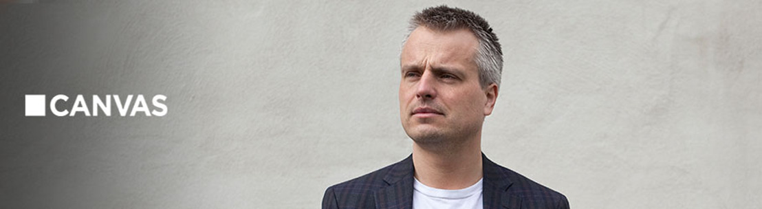 Thomas Vanderveken praat met Joris Luyendijk