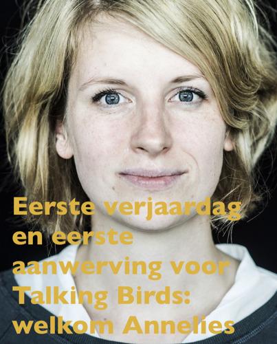 Eerste verjaardag en eerste aanwerving voor Talking Birds PR