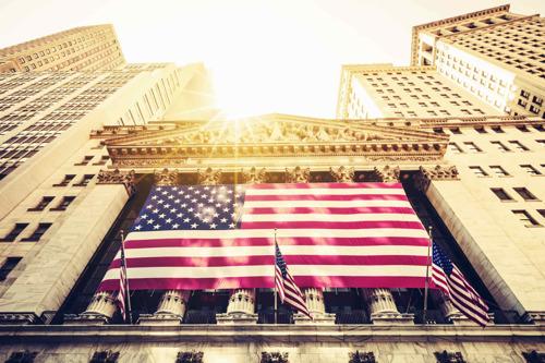 美债反弹美股走强道指涨326点 拼多多市值超百度