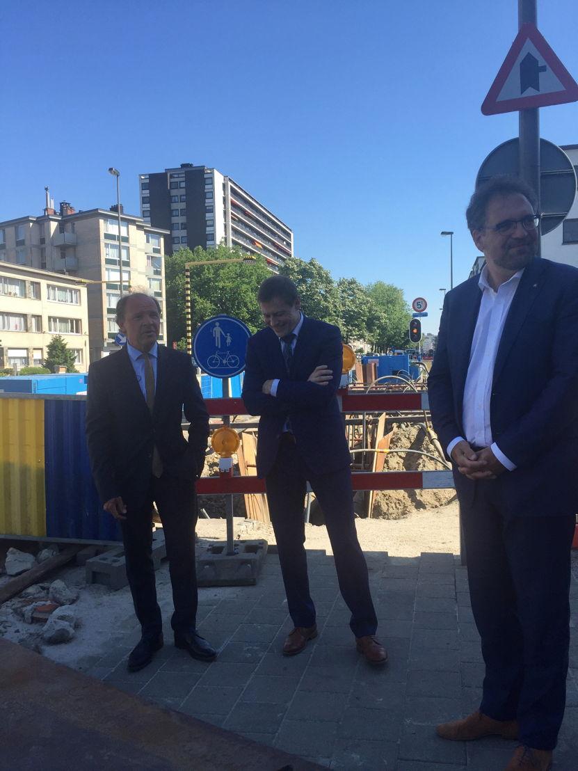 Vlaams minister van Economie Philippe Muyters, Karel Van Eetvelt, gedelegeerd bestuurder van Unizo en Koen Kennis, Antwerpse schepen van Middenstand