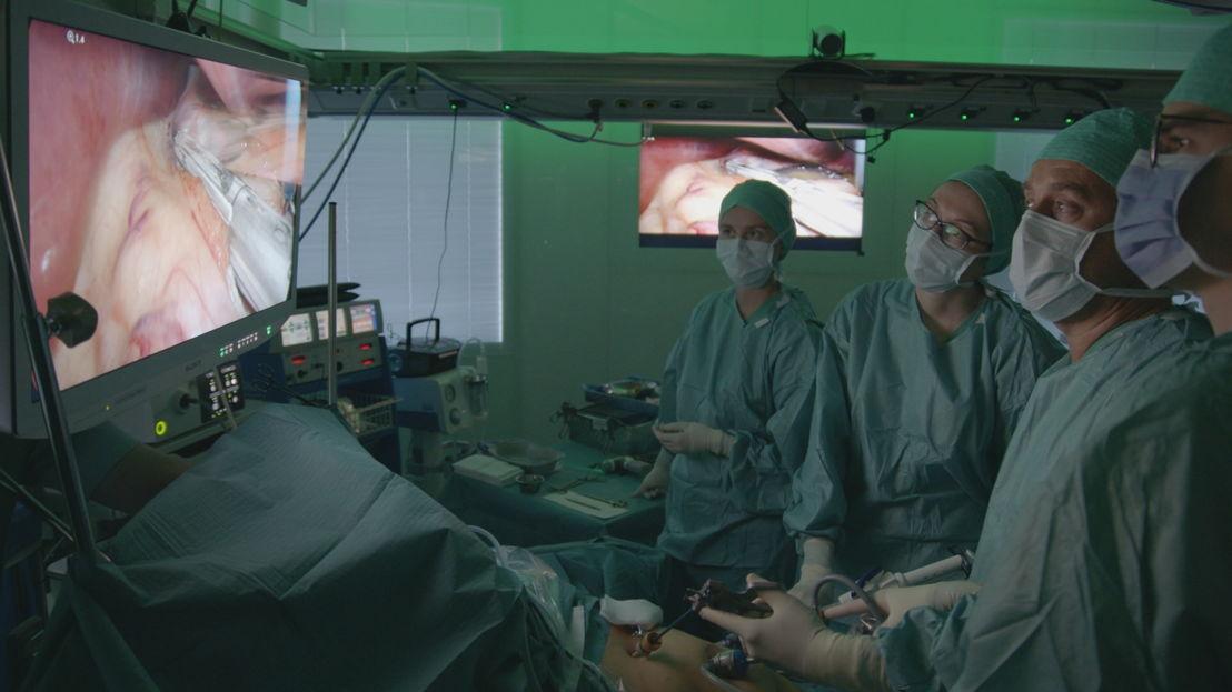 Pano: Een maagoperatie voor kinderen? (c) VRT