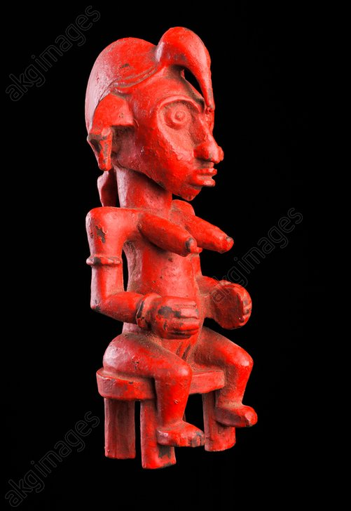 Anthropomorphic figure.<br/>West African, Senufo, northern Ivory Coast.<br/>Wood, industrial colour, height 28 cm.<br/>Paris, private collection.<br/><br/>AKG1633941