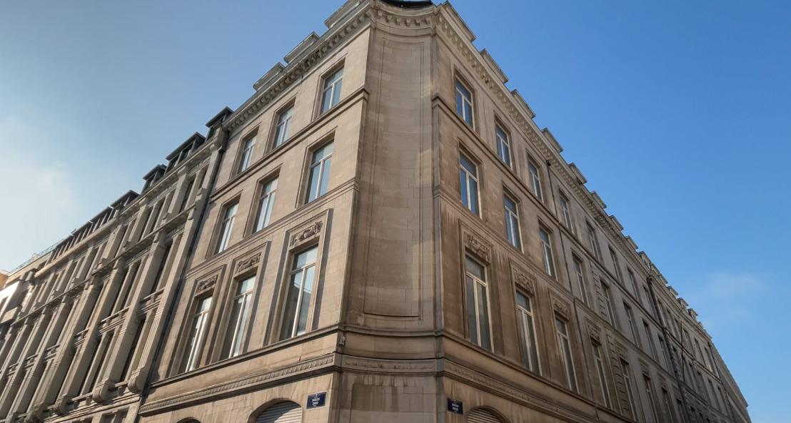 La KU Leuven aménage de nouveaux locaux dans le bâtiment de Belfius Insurance du boulevard Pacheco. Le bâtiment Meyboom de la rue des Sables est maintenu.