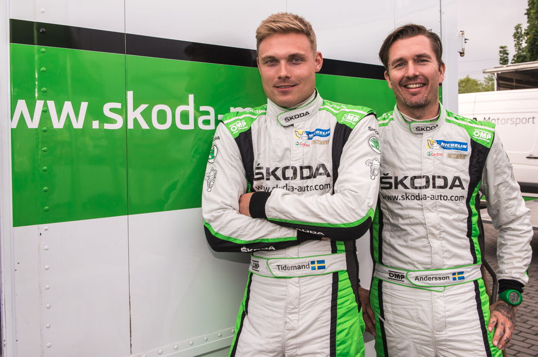 With four wins Pontus Tidemand (left) and co-driver Jonas Andersson (ŠKODA FABIA R5) so far are dominating the WRC 2 of 2017.