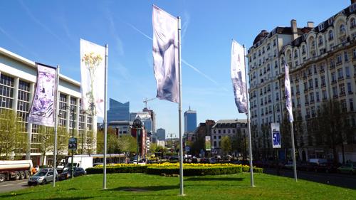 Nieuwe artistieke installatie op Sainctelettesquare toont werk van Brusselse kunstenaars