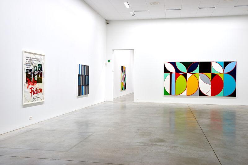 From left to right: Sarah Morris. Pulp Fiction (2013), Banco Alliança [Rio] (2013), Eletrobas [Rio] (2013)<br/>(c) Dirk Pauwels