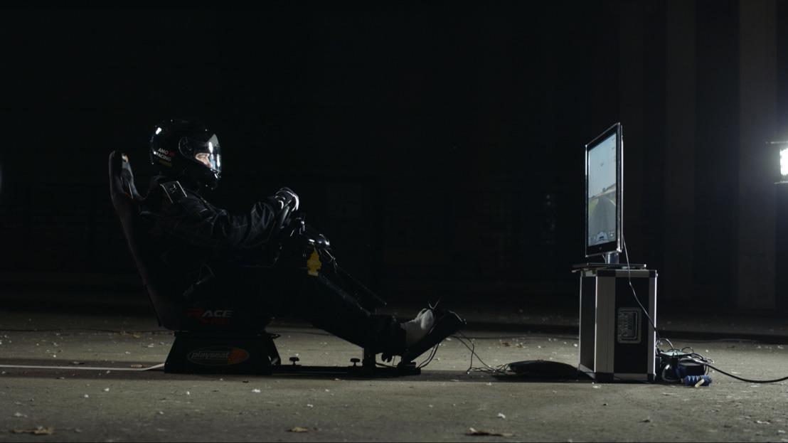 Drunk Belgian top gamer crashes car