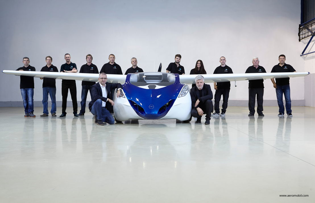 AeroMobil 3.0 prototype with the team